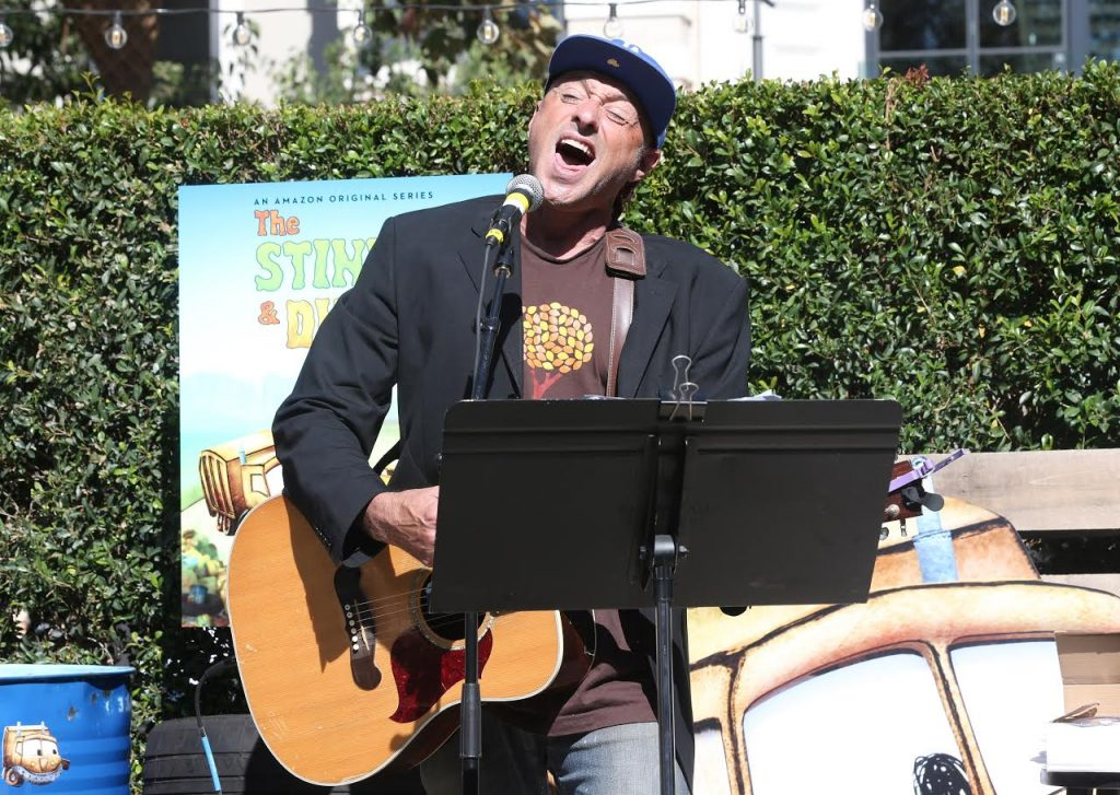 """LOS ANGELES, CA - AUGUST 18: Singer/songwriter Dan Bern performs at the Premiere Screening And Party For Amazon Original Series """"The Stinky & Dirty Show"""" at The Grove on August 18, 2016 in Los Angeles, California. (Photo by Todd Williamson/Getty Images for Amazon Studios)"""